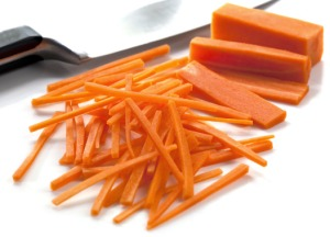 cutting-carrots-1