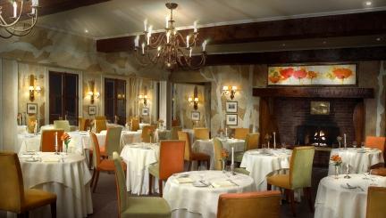 022 - Dining Room