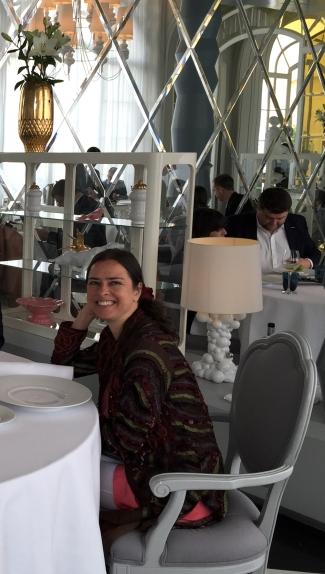 Yanet en la terraza del Casino de Madrid